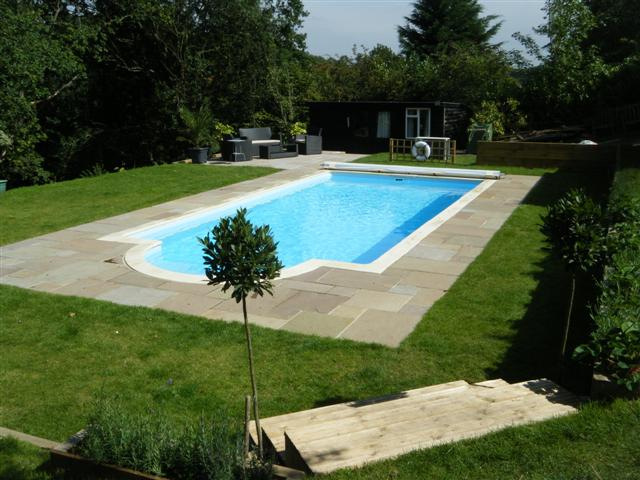 Swimming Pools Farnham Servicing
