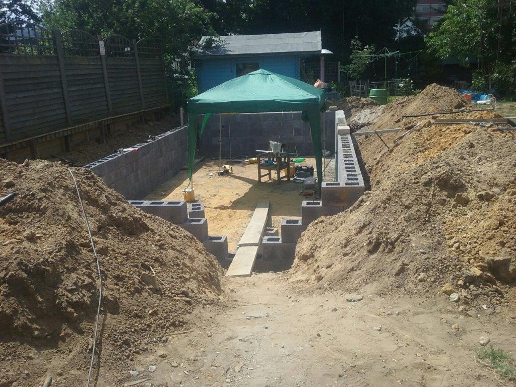 Swimming Pool Builder Farnborough