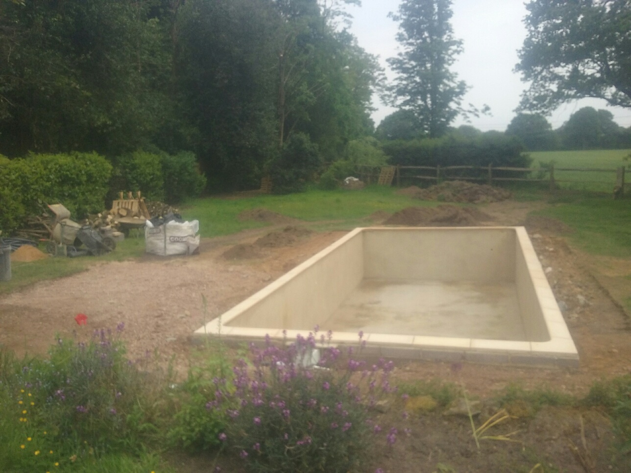 Swimming Pool Builder Headley
